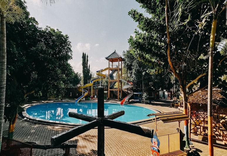 OYO 1188 Alam Indah Lestari Hotel, Banyuwangi, Kolam Renang Luar Ruangan
