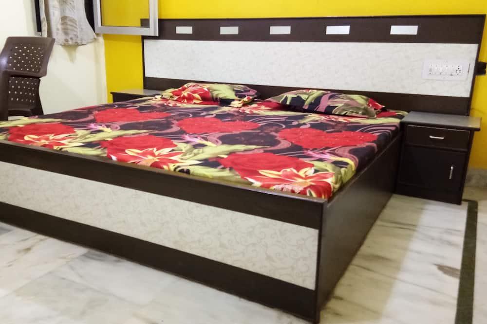 Comfort Double Room, 1 King Bed - Guest Room