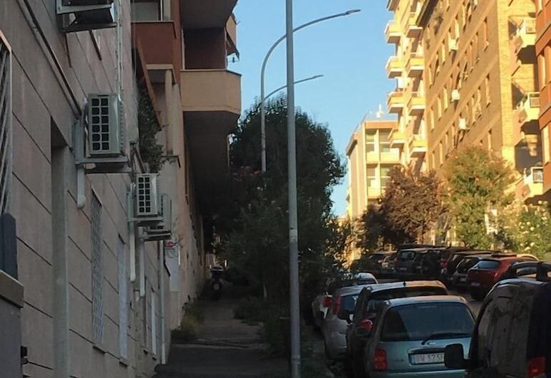 Il Faro Gianicolense, Rom, Overnatningsstedets område