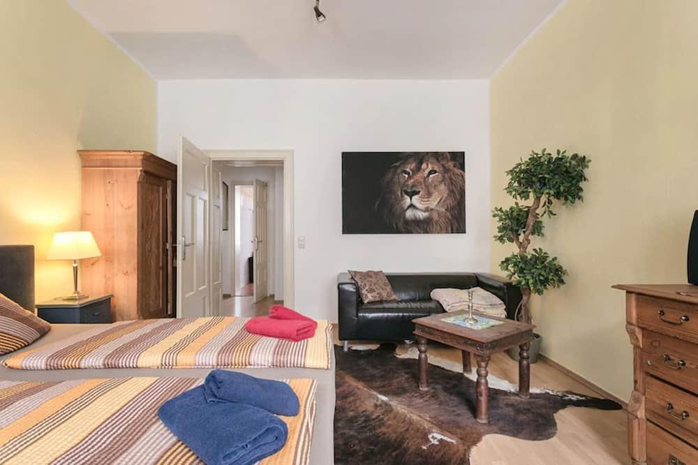 1-Raum Apartment (Elbflorenz) - Wohnbereich