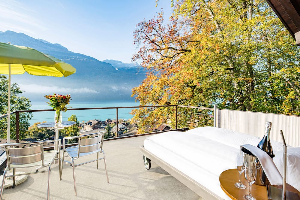 Suite, Non Smoking, Lake View - Balcony