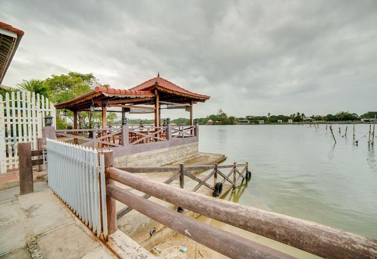OYO 890 Allure Garden Hotel, Cam Lam, Tuin