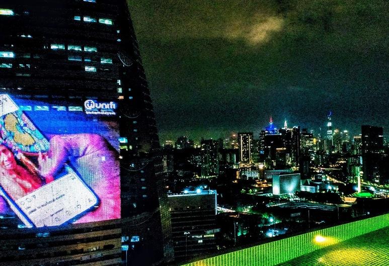 Komune Living, Kuala Lumpur, Açık Yüzme Havuzu