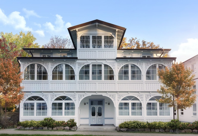 Villa am Park, Binz, Fachada