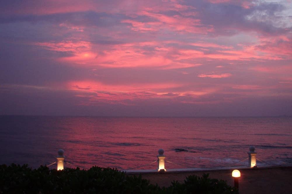 إطلالة على الشاطئ/ البحر