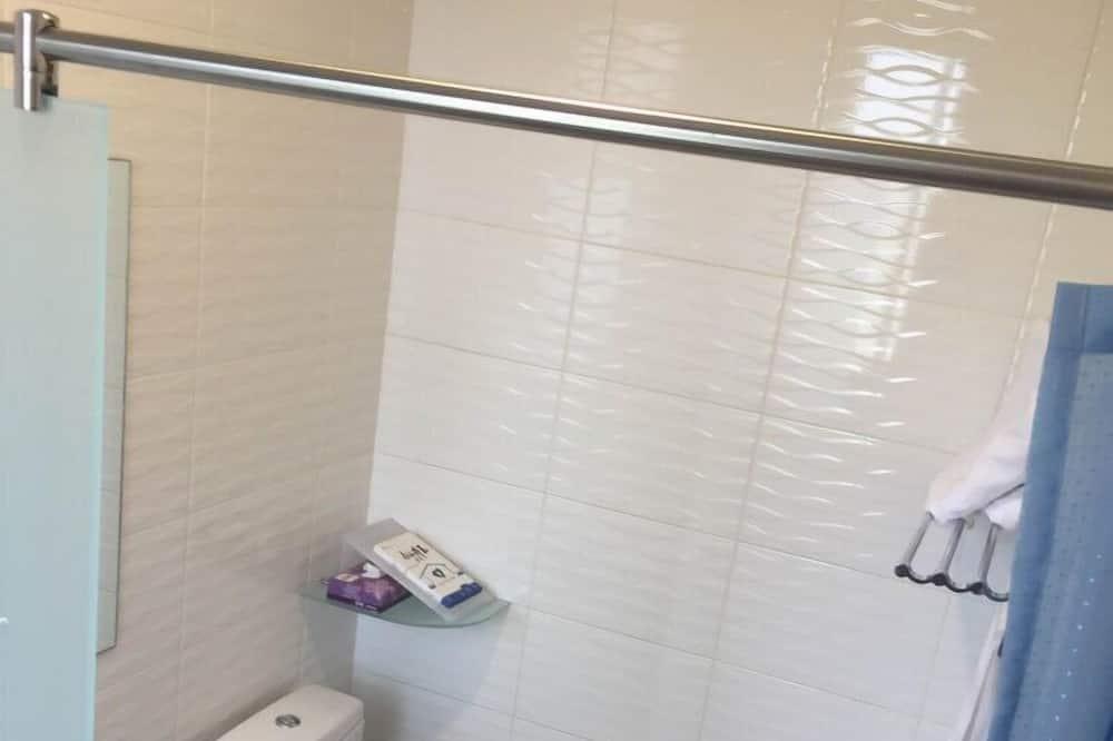 ONE PIECE Double Room - Bathroom