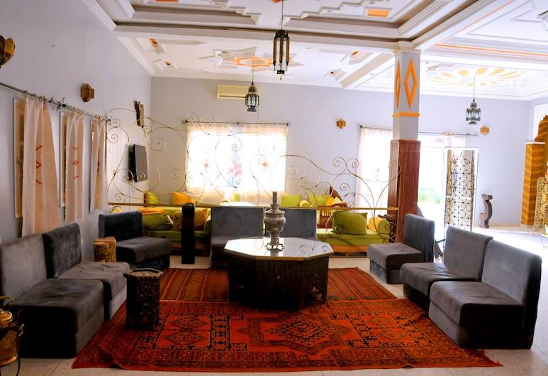 Chez Salmi, Aarab Sebbah Ziz, Εσωτερικοί χώροι ξενοδοχείου