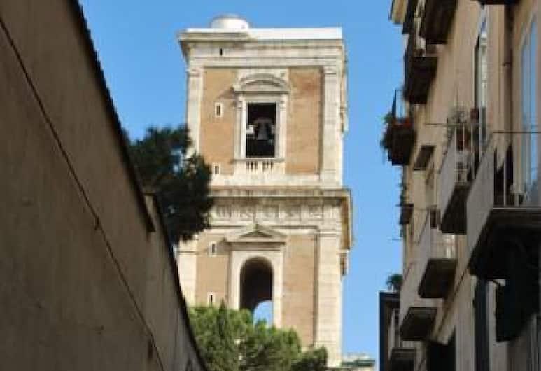 Luma House, Napoli, Esterni