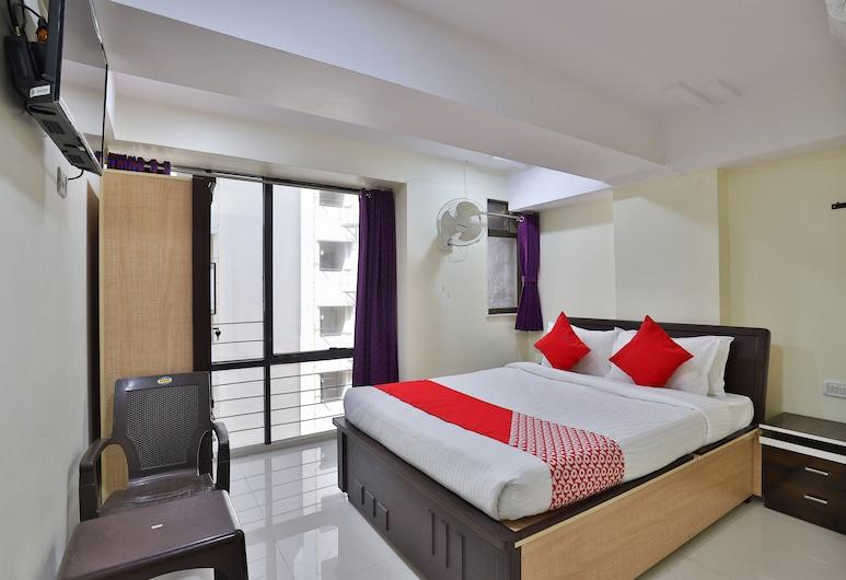 Hotel Vishwa, Ahmedabad, Classic Double Room, Guest Room