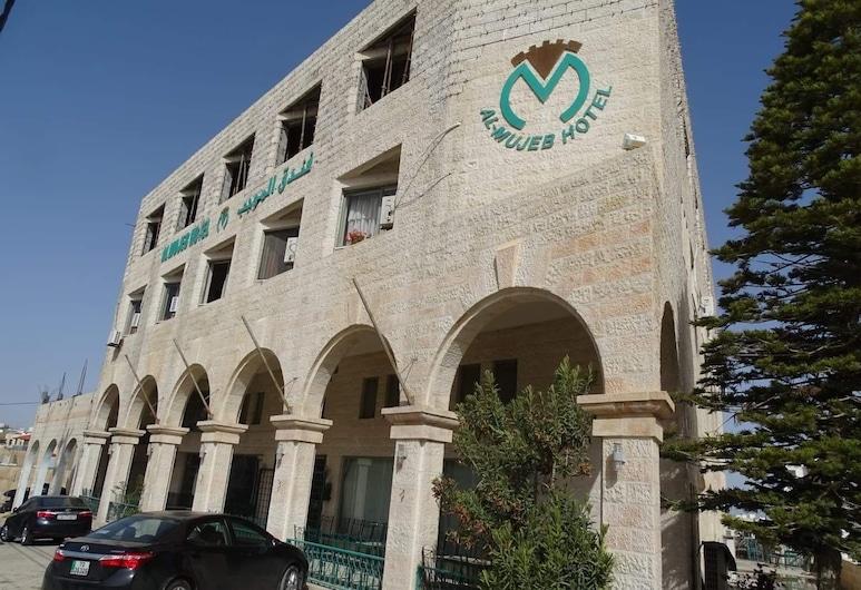 Al-Mujeb, Al-Karak