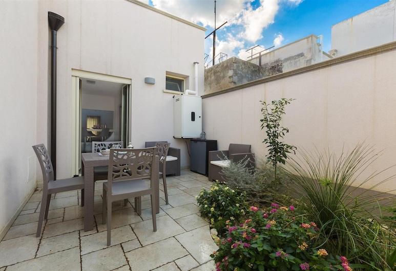 1248 San Pancrazio Suite Apartments - Bilo Cesare, سان بانكرازيو سالينتينو, شُرفة