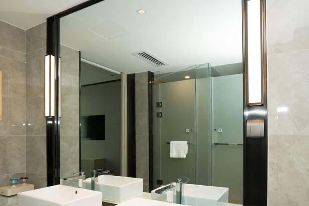 Yipin King Room - Bathroom