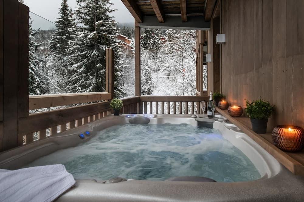 Apartment (Lhoste) - Private spa tub