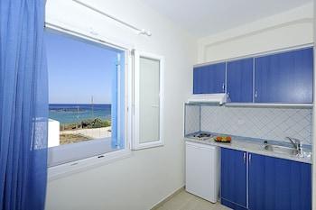 Picture of Zoe Rooms in Milos