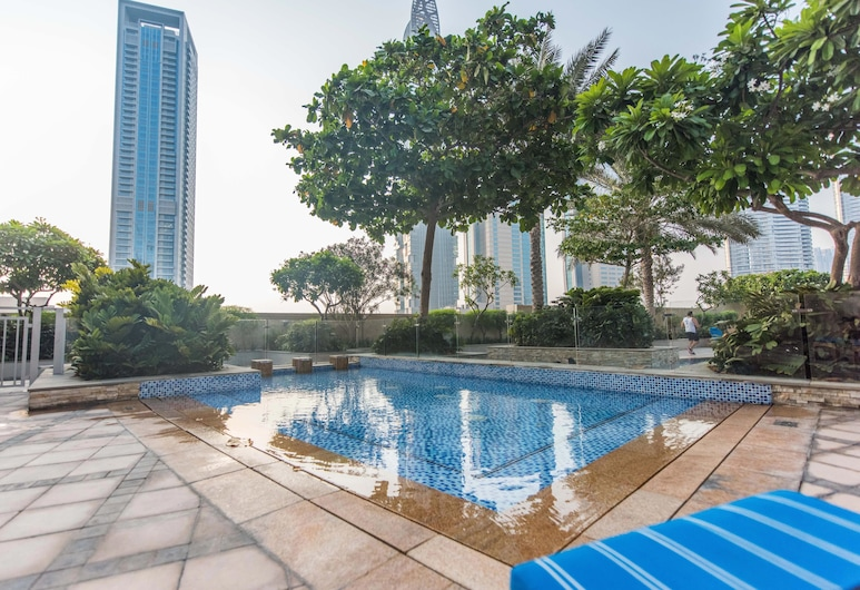bnbme| 1B-Loft-401, Dubai, Pool