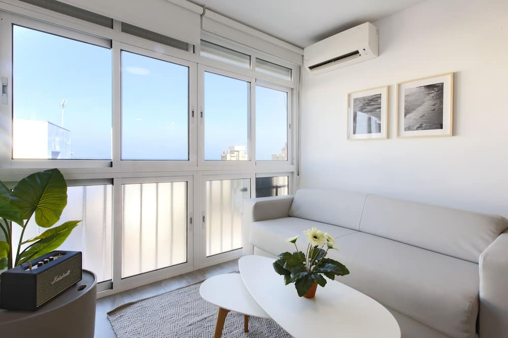 Apartment, 1 Bedroom, Terrace, Sea View - Living Room