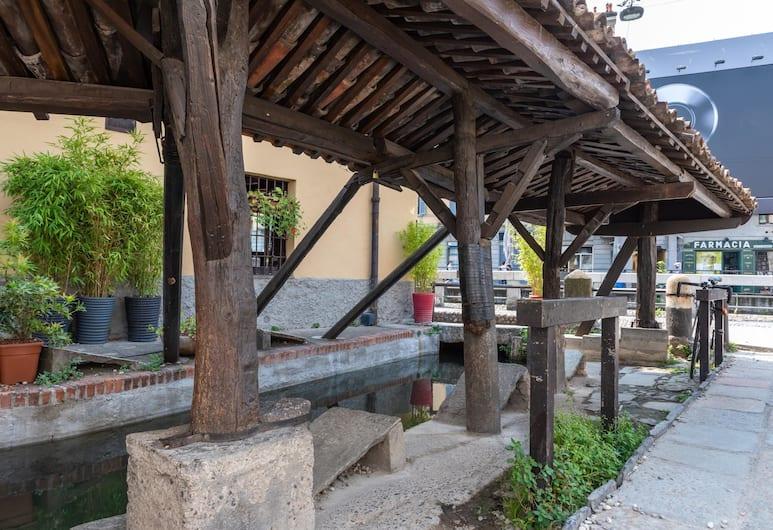 Via Vigevano by Onefinestay, Milan, Lahan Properti