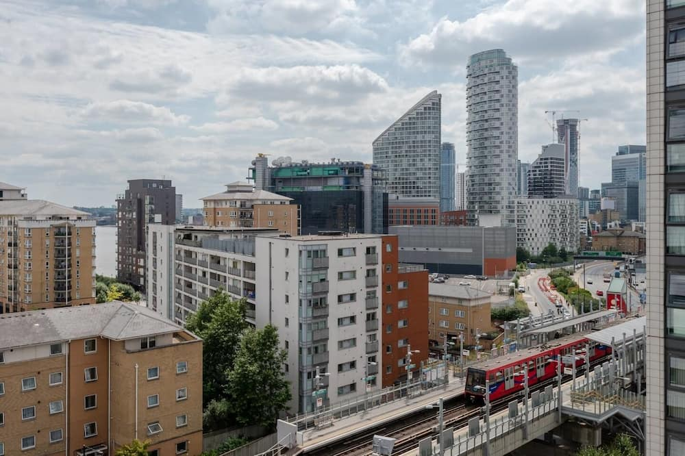 1BR Flat With Balcony and Gym in High Rise Building