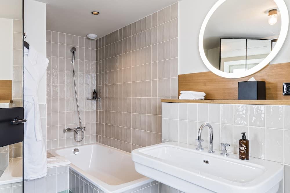 ห้องเบสิกสวีท (Suite Panoramique) - ห้องน้ำ
