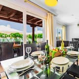 Villa, 4 Bedrooms, Private Pool - In-Room Dining