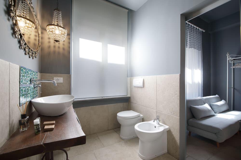 Deluxe tweepersoonskamer (Lumari) - Badkamer