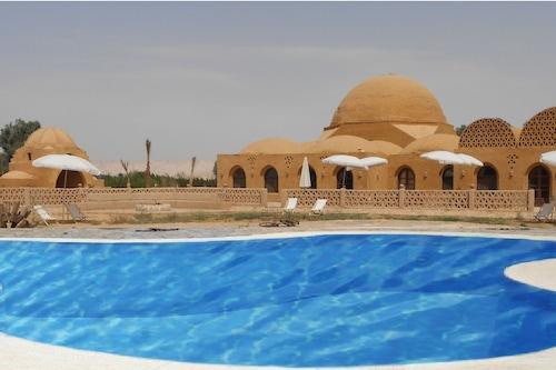 香達旅館沙漠渡假村/