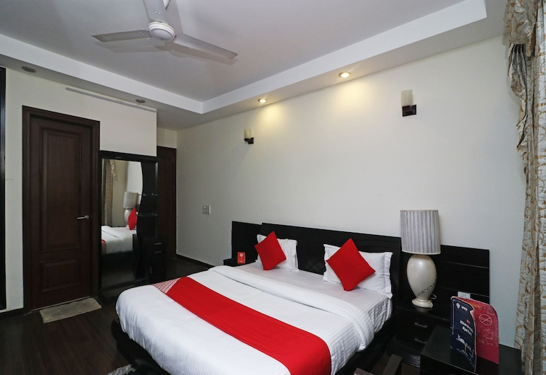 OYO 28061 Amar Villa One, Yeni Delhi, Oda