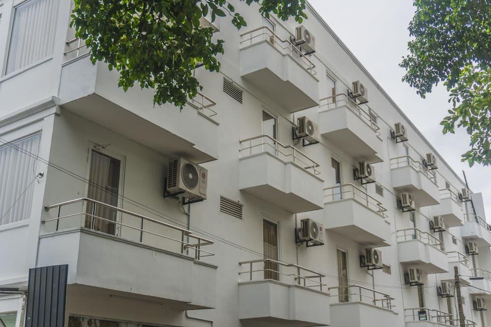 Oda - Balkon Manzarası
