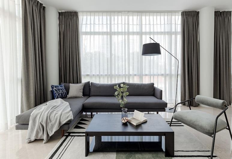Blue Arch Suites - The Notre Dame Saigon, TP.Hồ Chí Minh, Phòng Suite, 3 phòng ngủ, Phòng khách