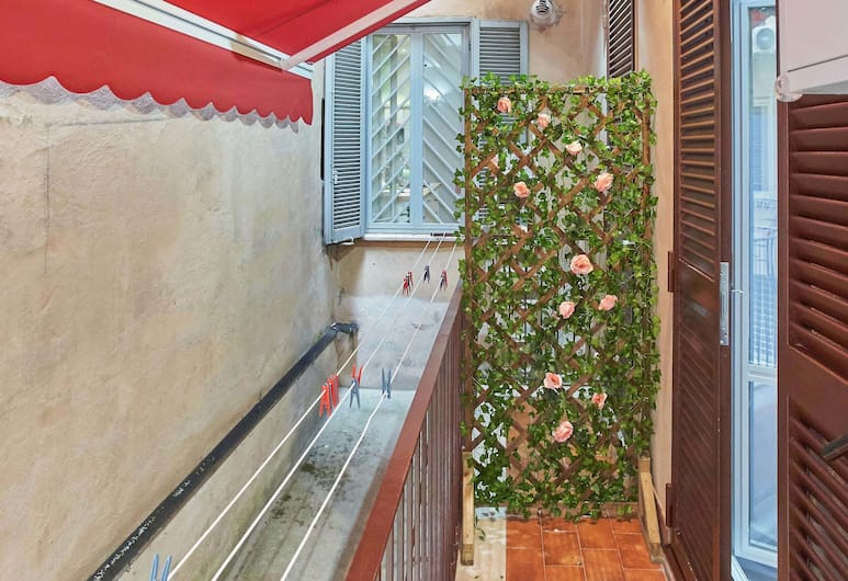 S.P.T. 民宿, 羅馬, 尊尚四人房 (Viaggio Mediterraneo), 陽台