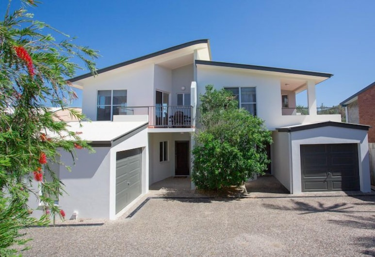 Seamistral - 1/21 Oriole Avenue, Peregian Beach, Front of property