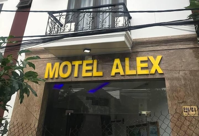 Alex Motel, Ντα Νανγκ