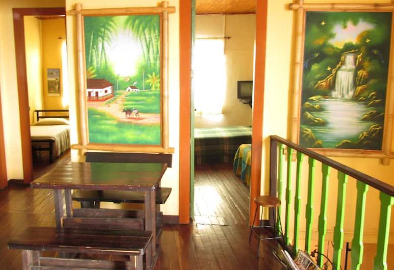 La Gran Via Hostal, Manizales, Hotel Interior