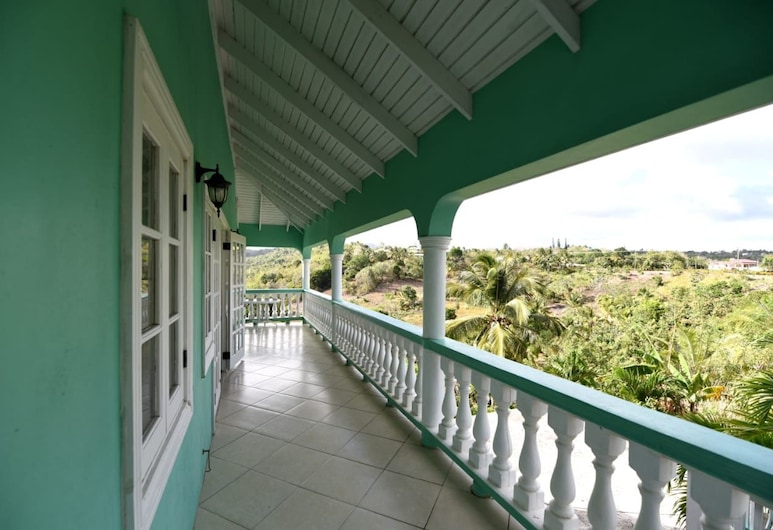Herelle Heights Escape, Vieux Fort, Terraza o patio
