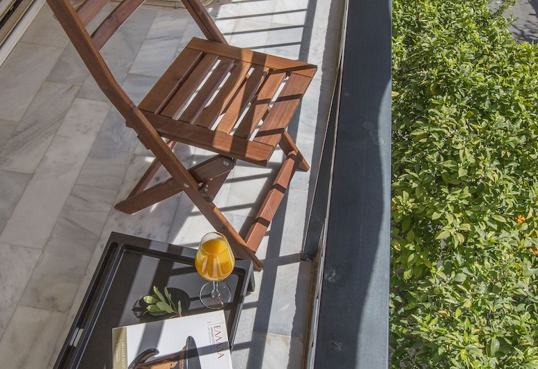 Charming Aptm Few Steps From Acropolis by GHH, Athens, Apartment, 1 Bedroom, Teres/Laman Dalam