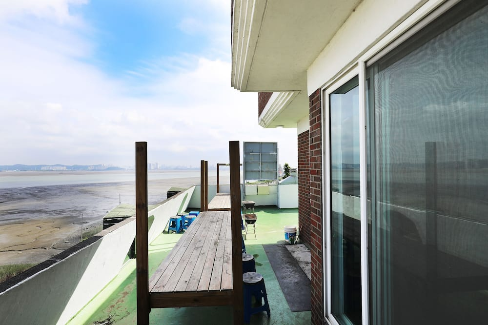 Premium Room, Kitchenette - Terrace/Patio
