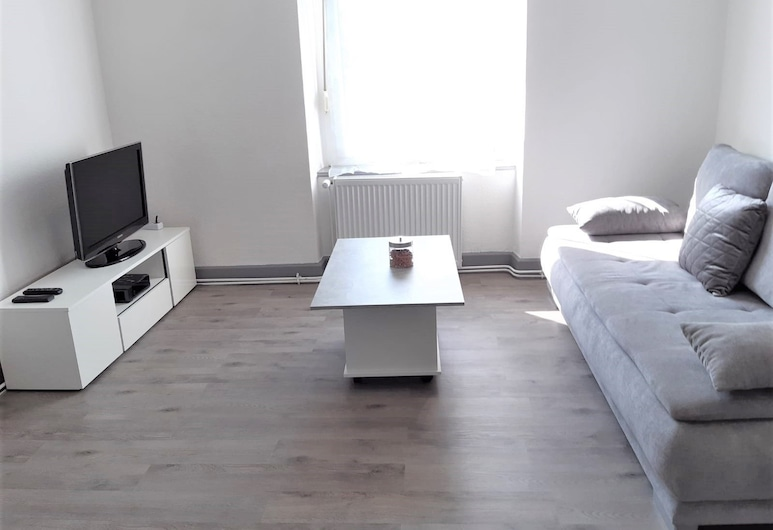 MyHome Basel 1B44, Saint-Louis, Deluxe Apartment, Living Area