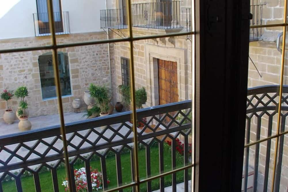 Habitación superior con 2 camas individuales - Balcón