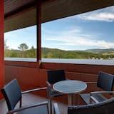 Luxury-Suite, Kochnische - Blick vom Balkon