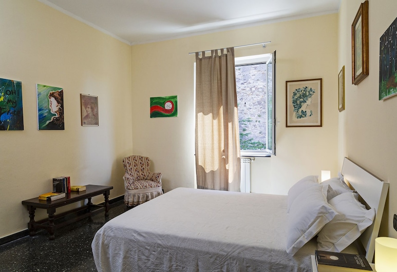 Sunny apartment over the harbor, Genova, Appartement, 1 slaapkamer, Kamer