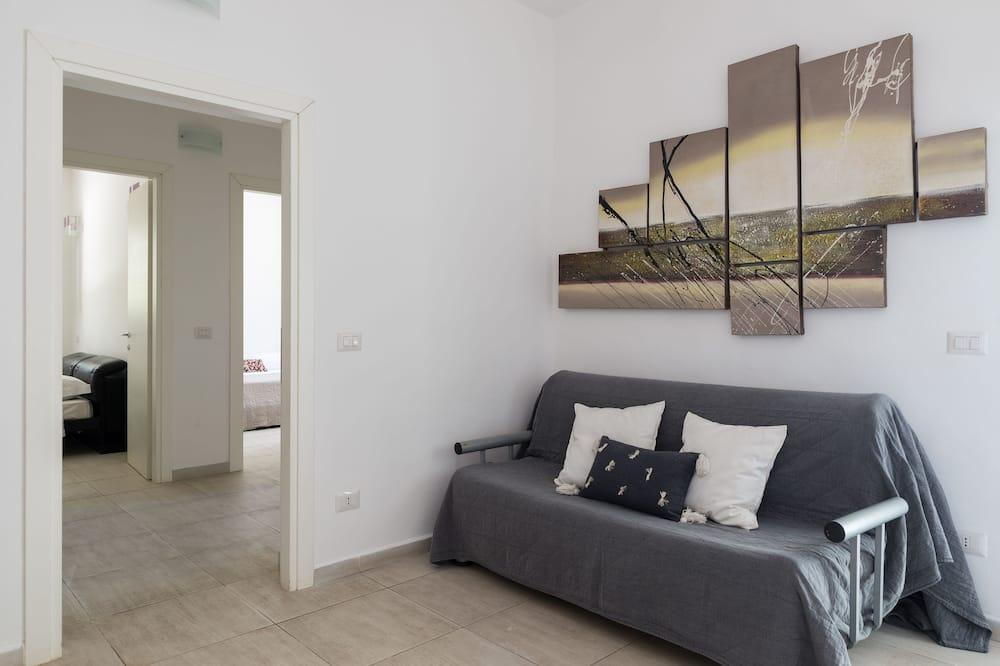 فيلا - غرفتا نوم - منطقة المعيشة
