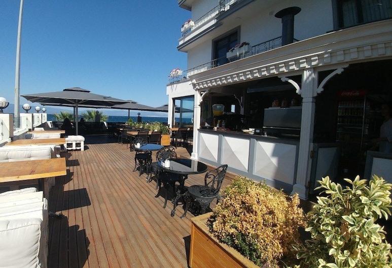 Yali Bahce Butik Otel, Mudanya, Restaurante al aire libre