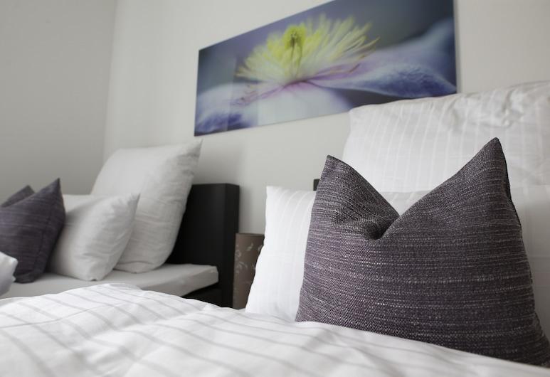 Gästehaus Winkler, Butzbach, Double or Twin Room, Guest Room