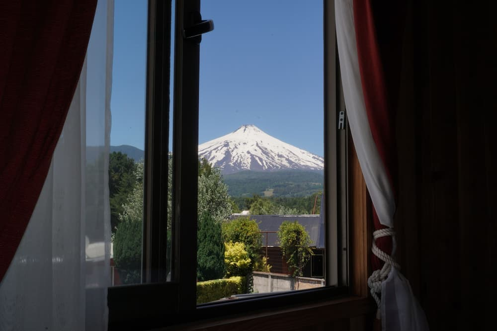 Twin Room, 2 Twin Beds - Mountain View
