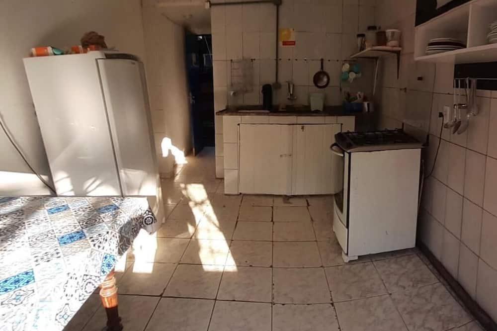 Kamar Triple Standar - Dapur bersama