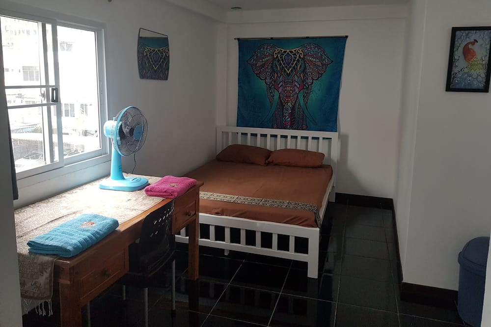 Design Quadruple Room - Living Area