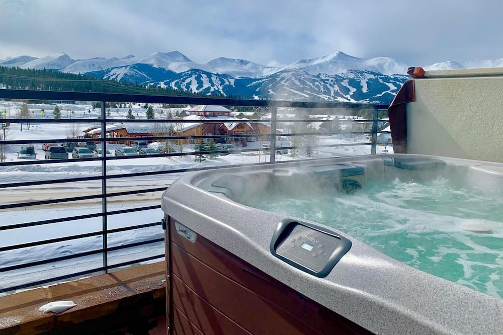 House, Multiple Beds (5 Peaks at Breckenridge) - Outdoor Spa Tub