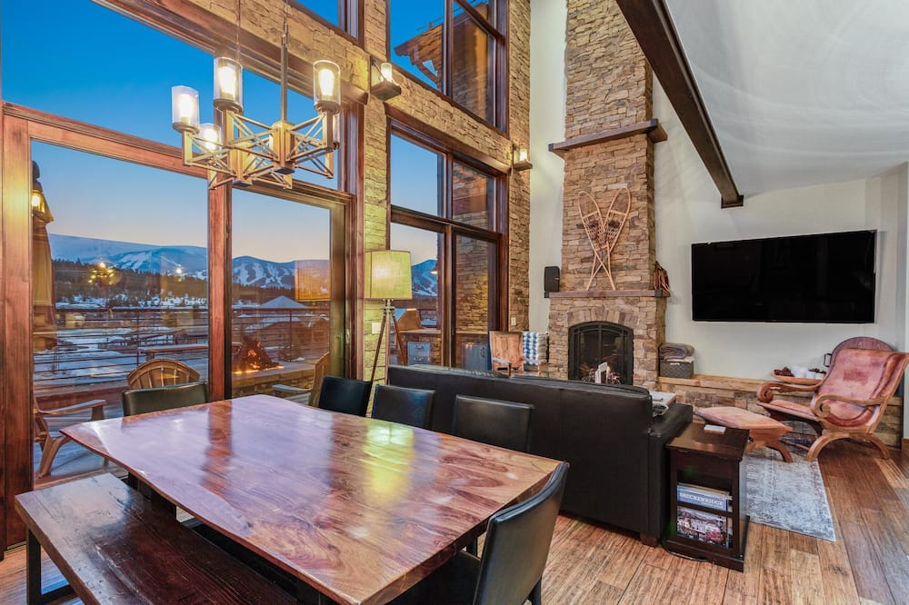 House, Multiple Beds (5 Peaks at Breckenridge) - Living Area