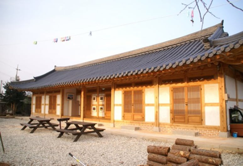 Reed House Hanok Pension, Suncheon