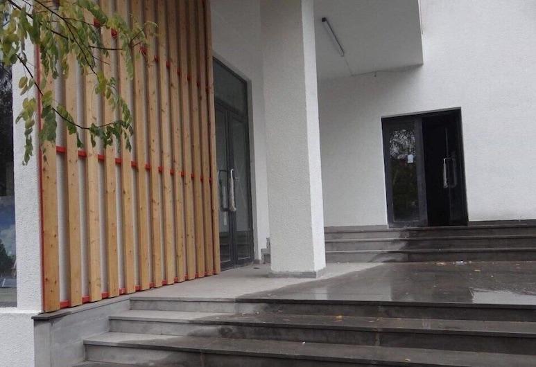 Apartment on Tsereteli St., Tbilisi, Entrada Interior